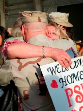Photo of soldier being welcomed home